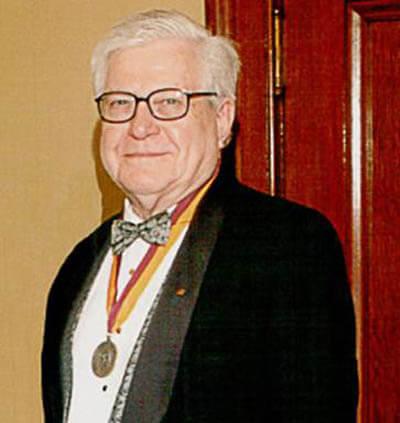 Thomas E. Hunt